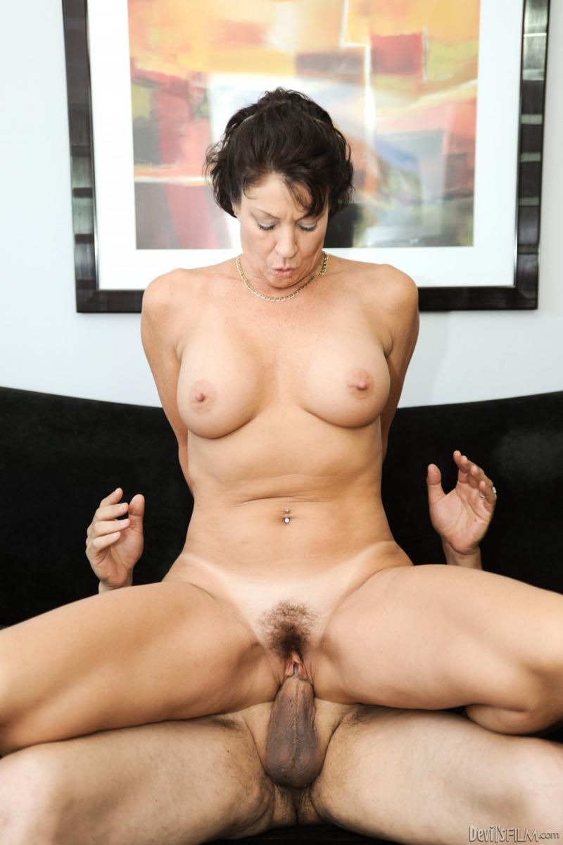 Hairy Milf Photo